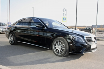 Mercedes W222 6.3AMG