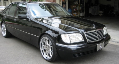 Mercedes S-140
